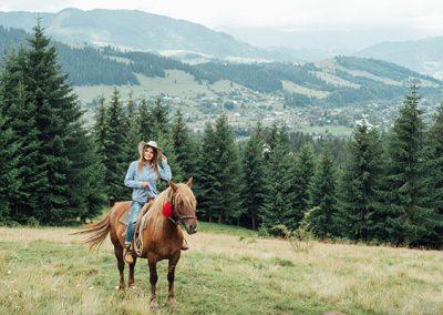 Horseback riding in Montana and Wyoming